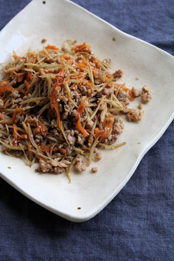 常備菜作りに余計な手間は必要なし!フライパンひとつで絶品に仕上がるレシピをご紹介します。