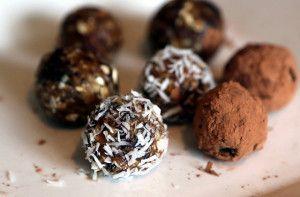 Tort din bomboane de ciocolată (de la 1 an)