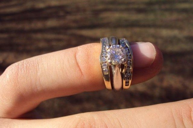 40 Best Pre Owned Engagement Rings Images On Pinterest