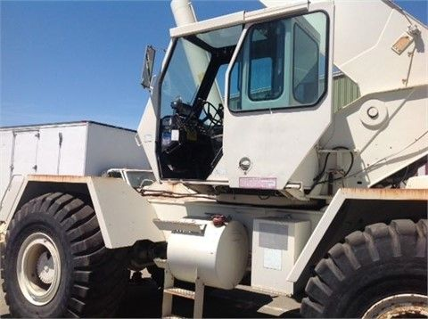 Get Best Deal on Used 1993 Lorain Crane with Free Price Quotes by Machinery Sales & Consulting for $ 69000 in San Francisco, CA, USA at http://goo.gl/mRV5Mz