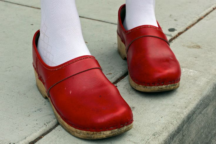 I wore red clogs like this all through my 20's...I think it may be time to get a new pair...and a little pair for Coco!