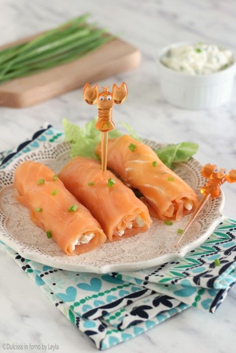 Involtini di salmone e philadelphia, versione antipasto e finger food ricetta Dulcisss in forno by Leyla