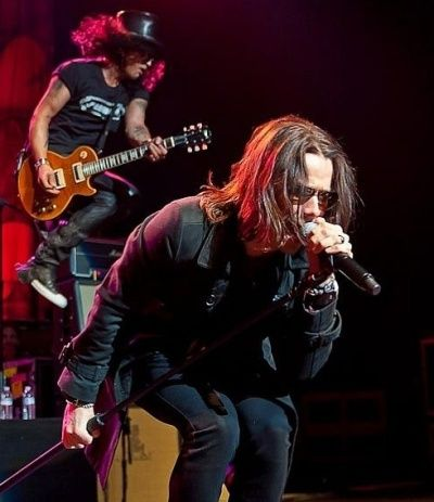 Slash and Myles Kennedy - whats not to love