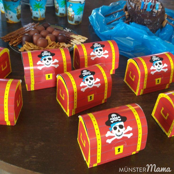 Kindergeburtstag+–+Piratengeburtstag+mit+mutigen+Piraten,+viele+böse+Totenköpfe+und+ein+kleiner+Hai+[Werbung]