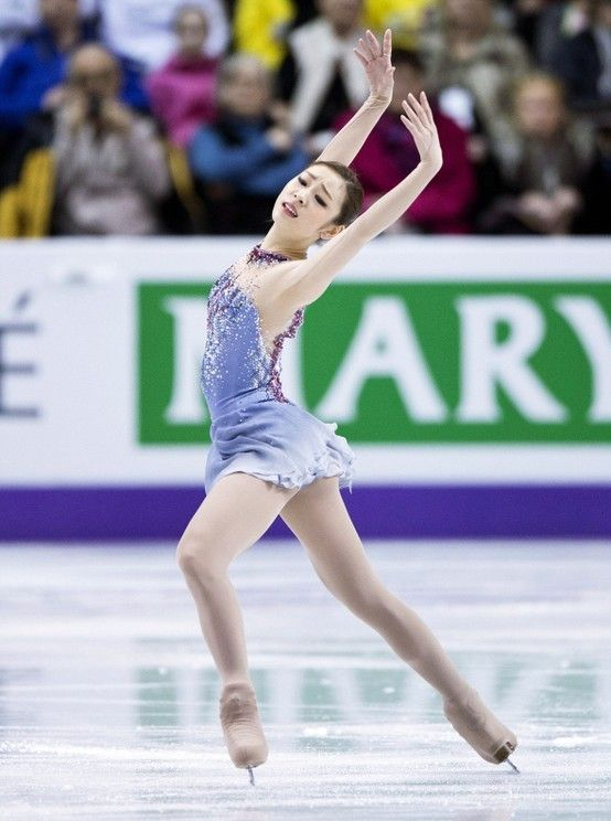 The layback Ina Bauer before double axel - one of her trademark transition moves - 2012/13 SP - Kiss of the Vampire