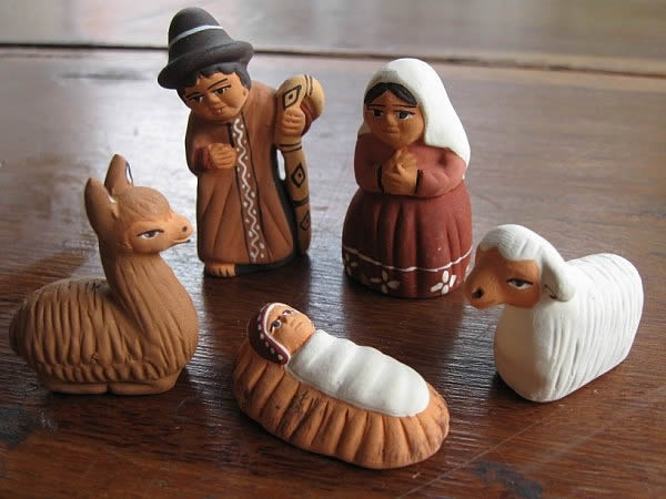 #fairtrade ceramic tiny #nativity from Minka #Peru a beautiful scene for #Christmas