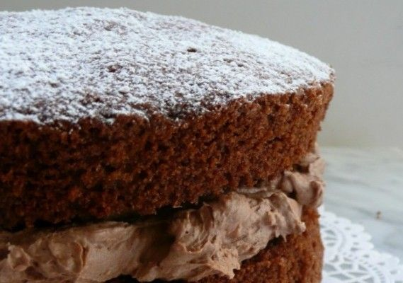 Chocolate Victoria Sponge - simple light chocolate cake for when other cakes are too fudgy and rich