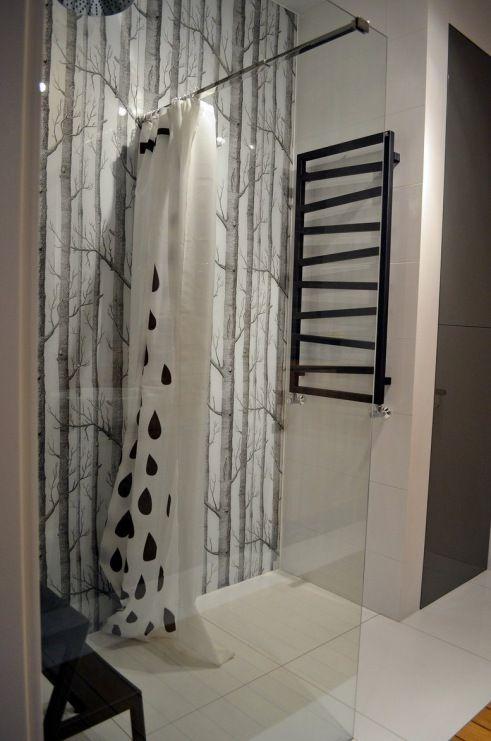 Wzorzysta ściana w łazience - Lovingit.pl