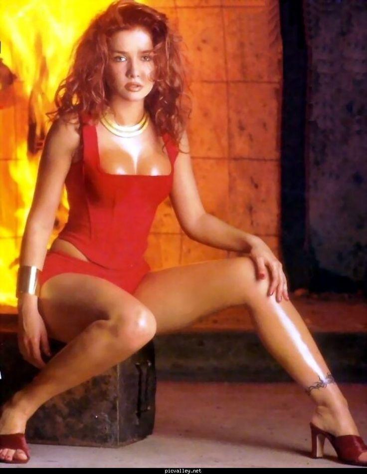 Natalia-Oreiro-Feet-609879.jpg (784×1013) | Sexowne