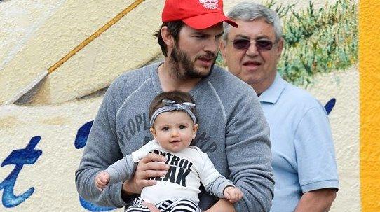 Que fofura! Ashton Kutcher curte passeio e a filha Wyatt rouba a cena - Tribuna Hoje - O portal de notícias que mais cresce em Alagoas Tribuna Hoje - O portal de notícias que mais cresce em Alagoas