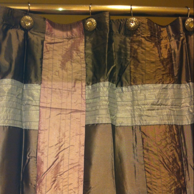 Pretty Shower Curtains! DrapingShower Curtains
