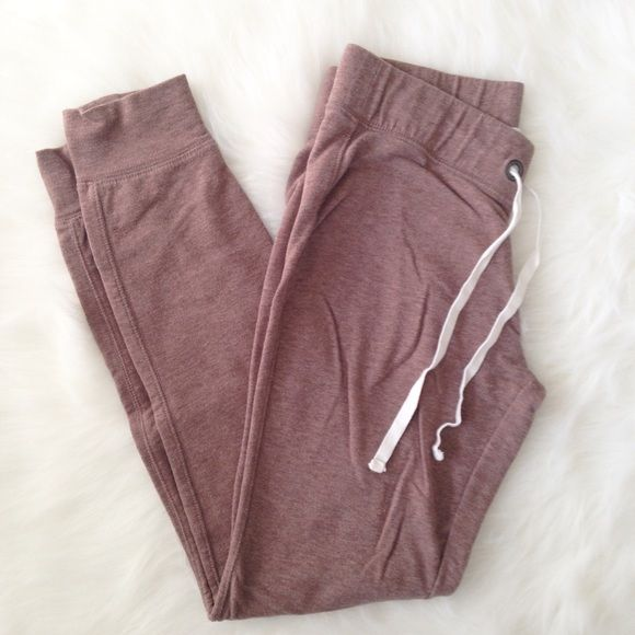 """SALE  old navy // brown joggers Cozy and cute! Light brown joggers with ivory ribbon tie. Excellent, like new condition. Size Small, 26"""" elastic waistband, 27"""" inseam.   Bundle Discounts available!⭐️ NO Trades Please ⭐️ Old Navy Pants Track Pants & Joggers"""