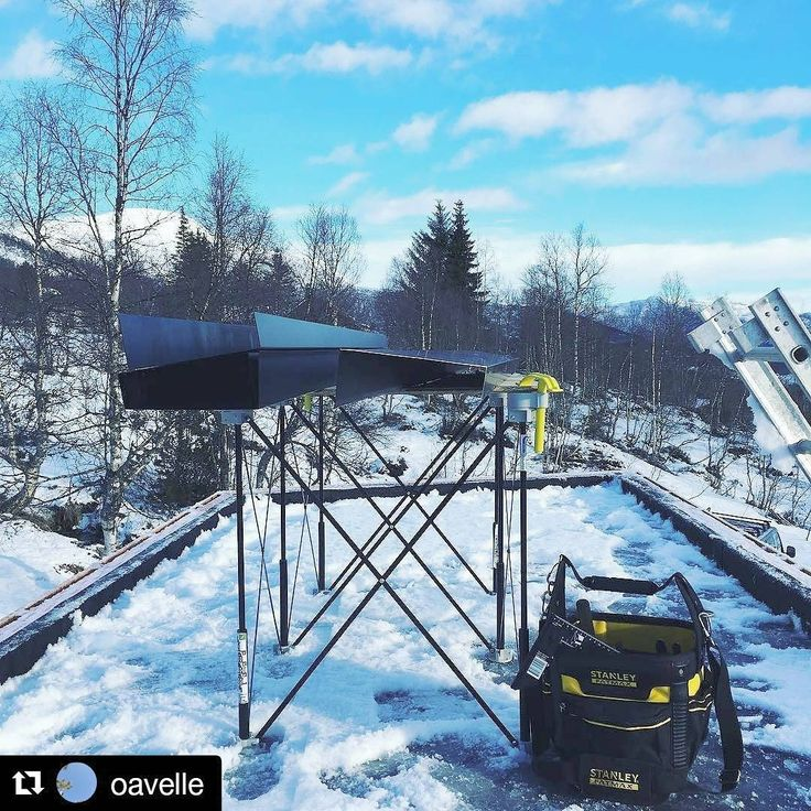 #CentipedeSawhorse lending a hand in the #snow up on the #rooftop (click, click click) in this repost via @oavelle from #Norge (#Norway): #CentipedeSupport #fatmax  ・・・  with @repostapp  #CentipedeTool #portable #jobsite #workbench #mobile #workshop #workspace #temporary #woodshop #worktable #platform #sawhorse #roofing #roofer #metalwork #metalworking #siding #stanleytools #contractor #construction #roof #tools #protools