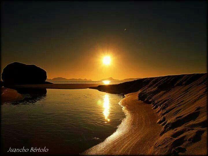 Playa de nergar. Cangas. Pontevedra. Galicia