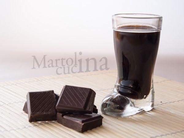 LIQUORE AL CIOCCOLATO #liquore #cioccolato #natale