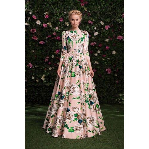 Платье с крупными цветами в пол