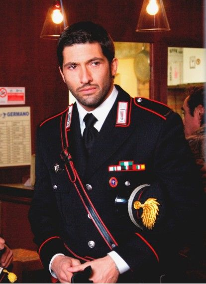 Translations Into Italian: 39 Best Carabinieri Images On Pinterest
