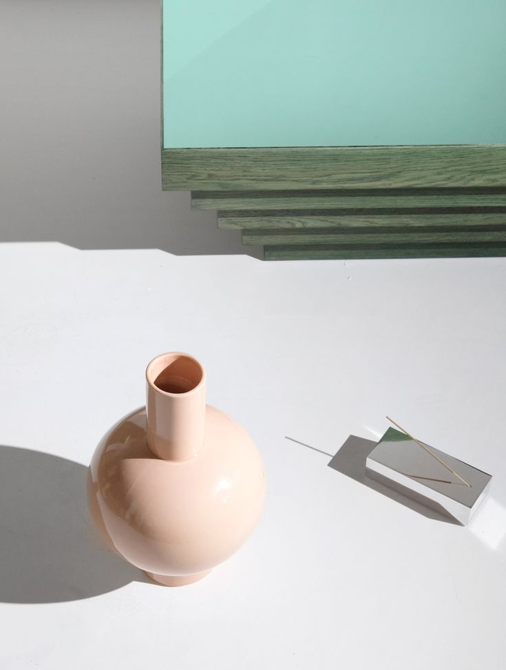 Anna vase-Heaven is a coffee table-Slab incense