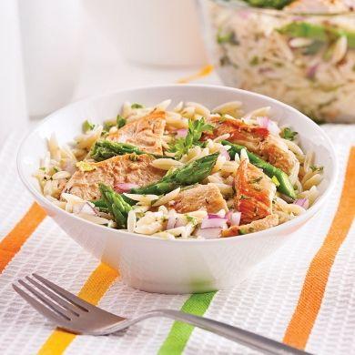 Salade d'orzo, asperges et poulet grillé - Soupers de semaine - Recette minceur - Recette express 5/15 - Pratico Pratiques