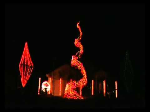 Do You Hear What I Hear by Spiraling Christmas Lights in La Salle Illinois 2010