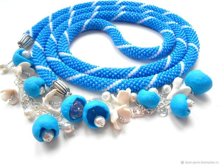 Купить Голубой лариат с цветочными кистями в интернет магазине на Ярмарке Мастеров