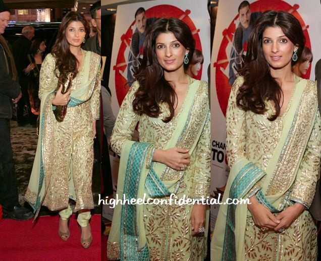 Twinkle changed it up (again) for the Toronto premiere, this time appearing in a churidaar! This woman sure is full of surprises and keeps us guessing! Its no wonder then that we eagerly await her red carpet appearances! Any guesses as to whats coming next in the premieres to come!?! Twinkle Khanna at 'Chandni Chowk …