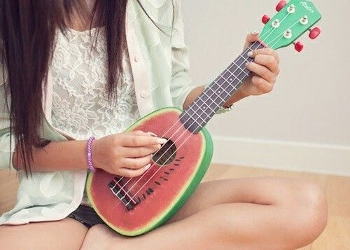 guitar, guitar girl watermelon, photoraphy, watermelon - image #515064 on Favim.com