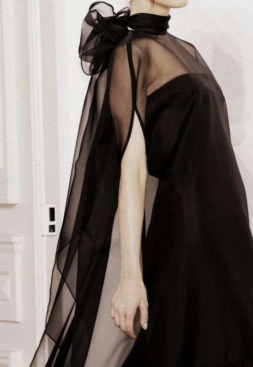 Valentino Haute Couture Autumn/Winter 2010. No one, but really no one cuts clothes for small women like Valentino. A true master.