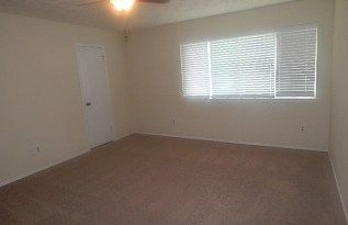 Spacious 4/2 in Fort Bend ISD! Home - Rentals