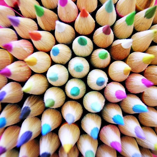 c425b082c6190f19281abcf742c761e3 coloured pencils colored pencil drawings