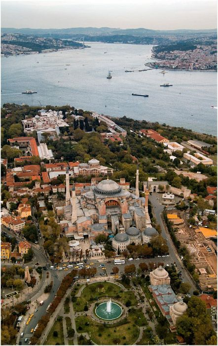 Istanbul Turkey #travel #places <3 Visit http://www.hot-lyts.com/ for beautiful background images
