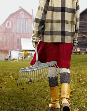 31 Days of AutumnFarms Girls, Countryliving, Country Girls, Country Living, Gardens, Country Life, Farms Life, Red Barns, Fall Gardening