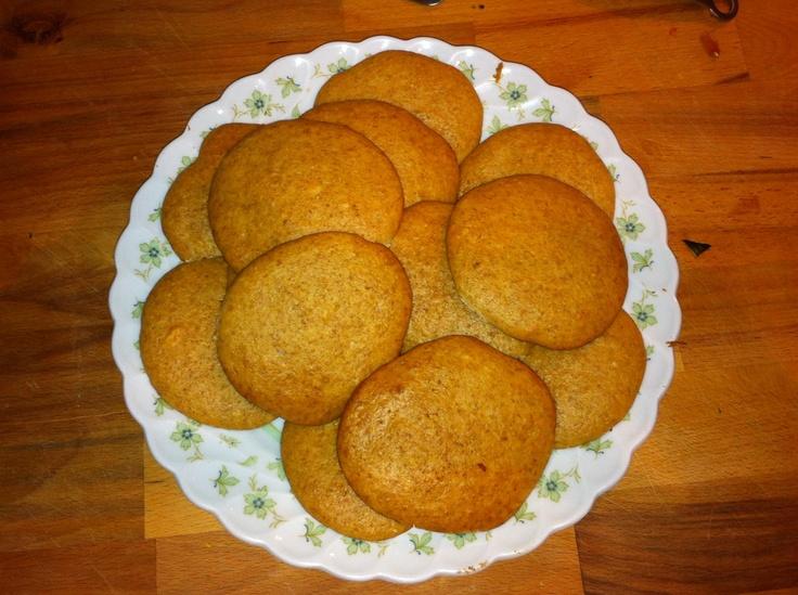 Healthy sugar free vanilla and almond coockies but sweet!
