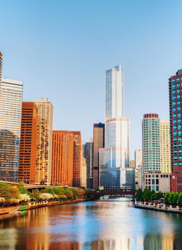 Met zijn 2,7 miljoen inwoners is Chicago een grote stad. Maar u zult er versteld van staan dat er vrij veel groen is en veel sfeervolle wijken. #exit #reizen #vakantie #zomer #travel #traveling #wanderlust #travelpin #pinterest #amerika #chicago #river #usa #city #trip #love #place