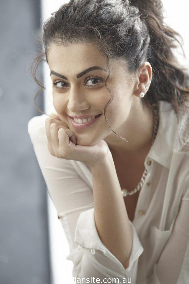 Taapsee Pannu Hot Photos and biodata Reckon Talk
