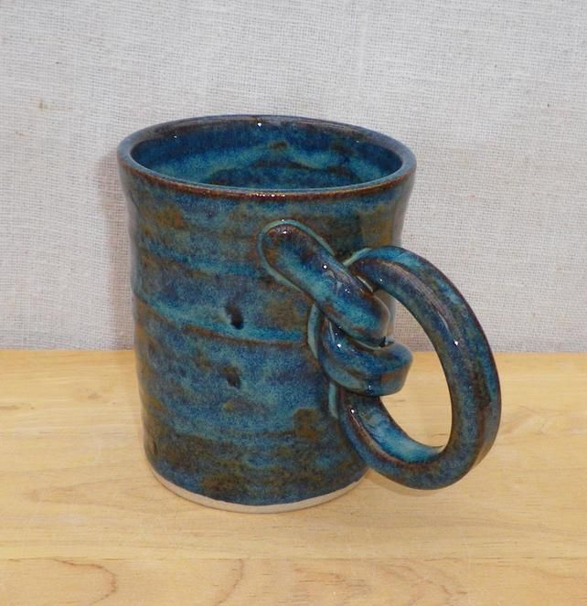 25 unique hand thrown pottery ideas on pinterest for Pottery cup ideas