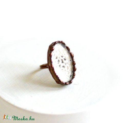 Csipke gyűrű Antik csipke 01, Ékszer, óra, Gyűrű, Üvegművészet, Csipkekészítés, Meska