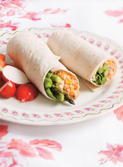 Wrap au thon à l'orange / thon / orange / carotte / échalote française / mayonnaise / tabasco