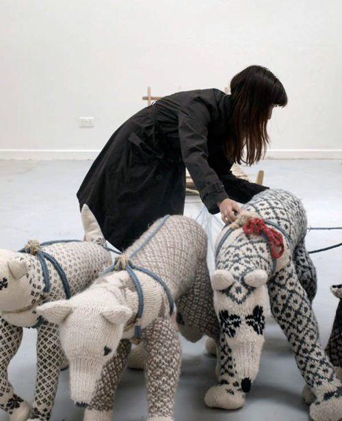 DIY Sweater Wolves: Sled Dogs, Knits Animal, Knits Bears, Diy Crafts, Diy Sweaters, Art, Amazing Knits, Hannah Haworth, Hannahhaworth