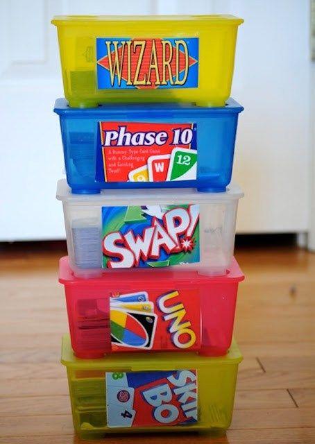 Alle, die Babys haben, wissen, wie oft man beim Windelwechsel Babytücher verwendet und sich dadurch etliche Babytuchboxen ansammeln. Wir zeigen auf, wie man die Boxen nutzen kann: