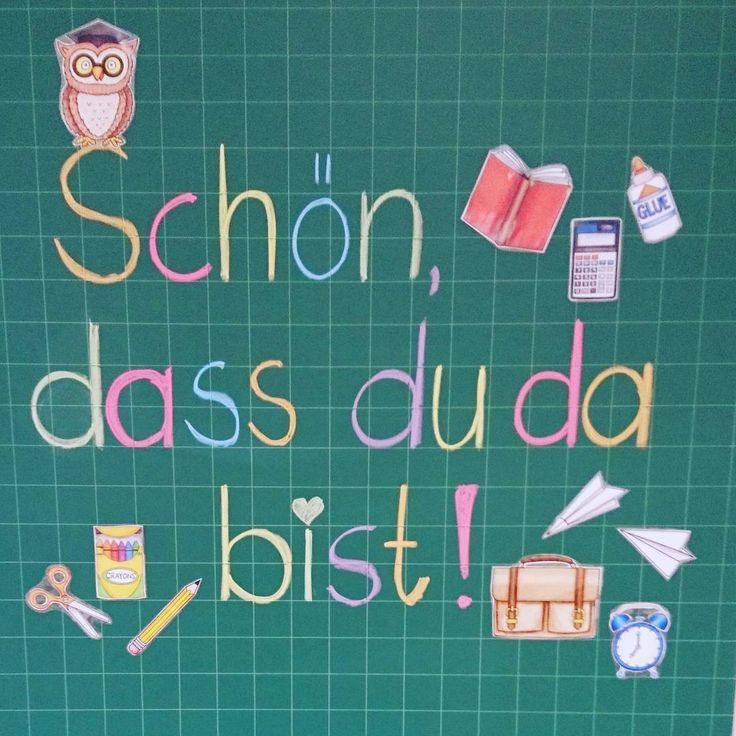 Gleich geht's jetzt auch in Bayern wieder los und die Kinder stürmen die Klassenzimmer! Dieses Mal habe ich mich gegen eine Begrüßung per Beamer entschieden und ganz altmodisch die Tafel genutzt.  #ideenreiseblog #ideenreise #grundschullehrerin #lehrerleben #klassenlehrerin #grundschulalltag #grundschule #schulalltag #schulanfang #ersterschultag #primaryteacher #instateacher #teachersofinstagram #classroommanagement