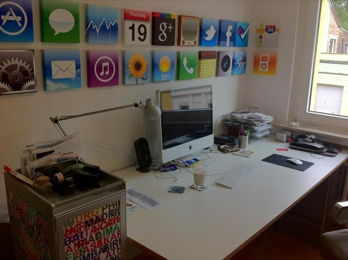 Iphone app paintings geek interior design pinterest for App decoracion