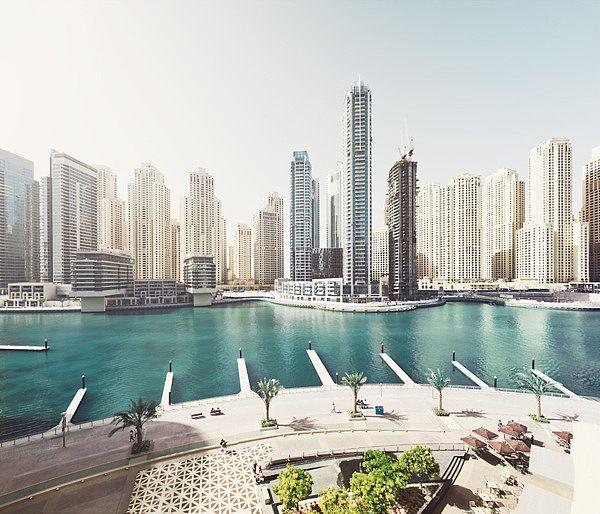 Dubai. Phpto by Johannes Heuckeroth
