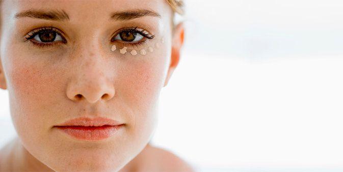 Huidproblemen Iedereen wil graag een mooie, gave huid. Niet iedereen heeft deze van nature. Veel mensen kampen met huidproblemen. Om huidproblemen het hoofd te bieden zijn er drie aandachtsgebieden..