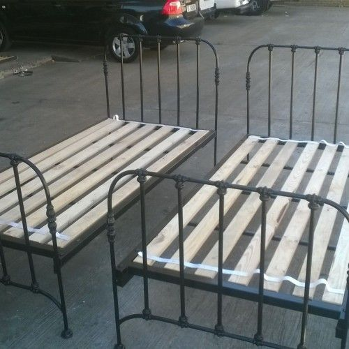 Wrought Iron Crafts (pty) LTD are manufacturers of metal beds, steel beds, metal bed frames, steel bed frames, metal headboards, metal daybeds, wrought iron crafts, garden furniture, cape town, south africa. - Beds
