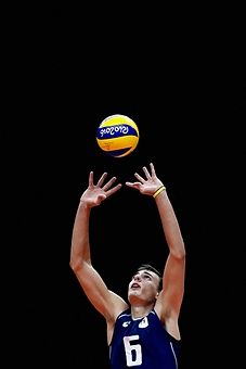 Simone Giannelli of Italy in action during the Men's Preliminary Pool A match between the Italy and France on Day 2 of the Rio de Janeiro Olympic Games at Maracanzinho on August 7, 2016 in Rio de Janeiro, Brazil.