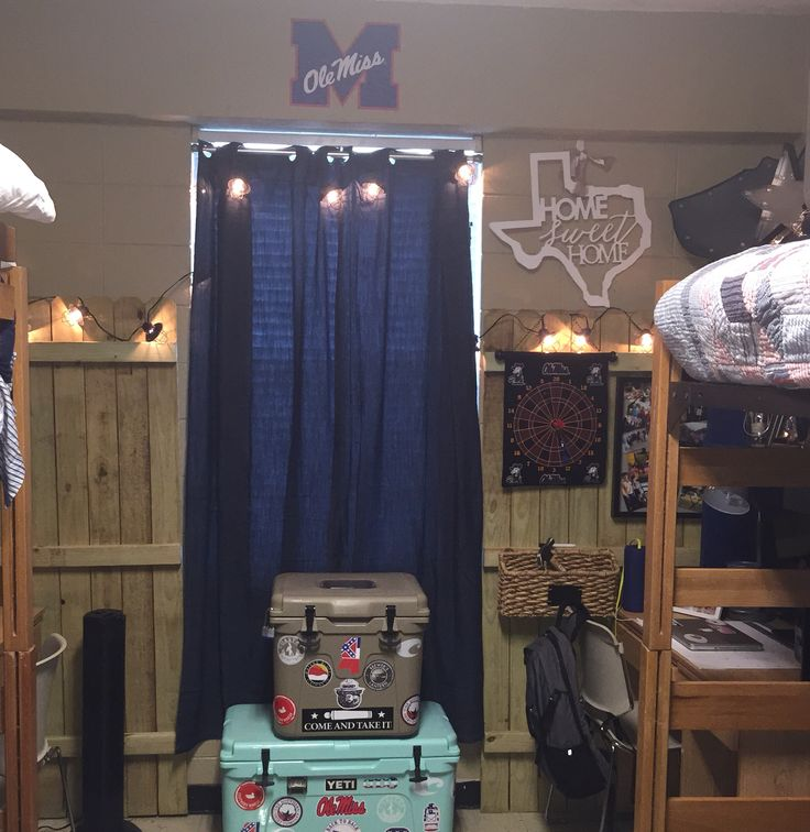dorm room ideas ole miss guys walker 39 s dorm room pinterest ideas