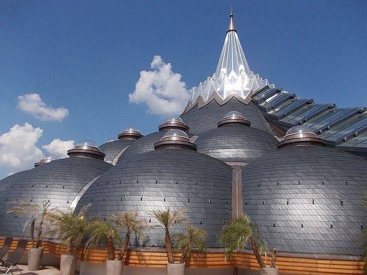 Makovecz Imre épületei - Hagymatikum - Makó - Alföld  Hungary