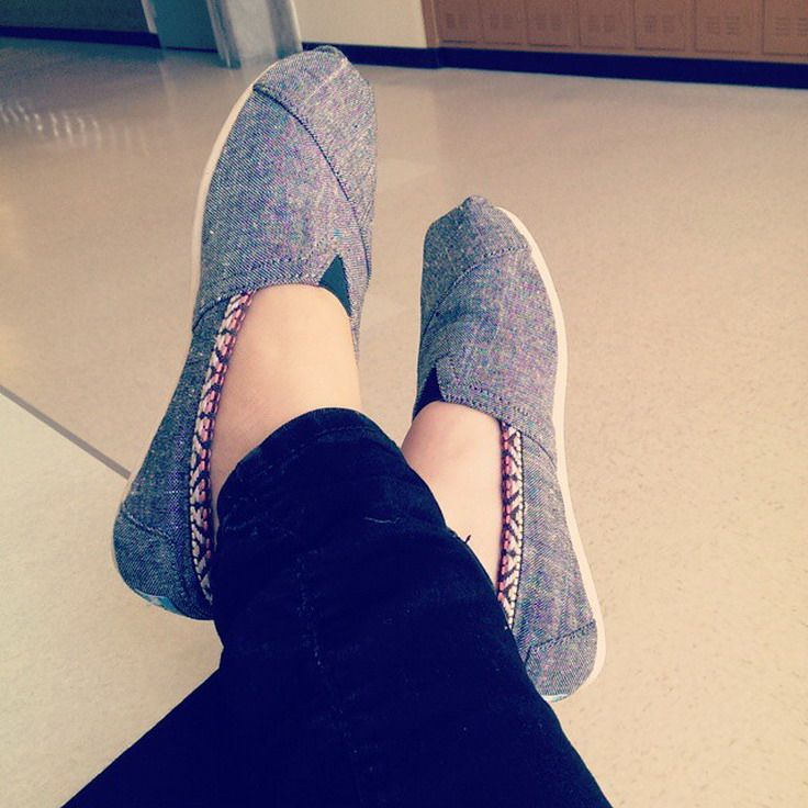 Toms Shoes,Cheap Toms Shoes #Toms #Outlet, you could totally wear these right now with some thick tights or cute wooly