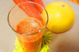 〈グレープフルーツ〉 レモンやオンンジなどの他の柑橘類との大きな違いは、ビタミンCの含有量の豊富なこ...